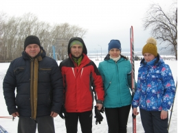 Команда администрации Нолинского района  участников областных лыжных соревнований ,